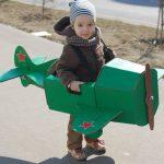 Самолётик из картона для ребёнка