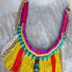 Ожерелье из пряжи