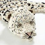 Коврик из помпонов в виде леопарда