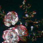 Роза с веточками
