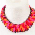 Плетение пряжей ожерелье