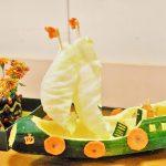 Кораблик из овощей
