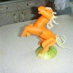 Лошадка из морковки