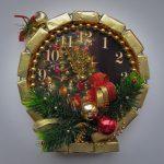 Новогодние часы из конфет