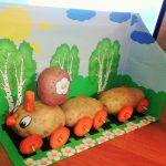 Поезд из картошки