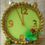 Золотые часы из конфет