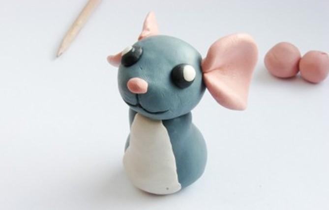 красивая мышка из пластилина