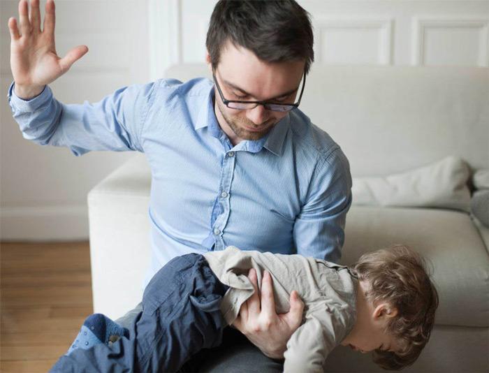наказание ребенка родителями