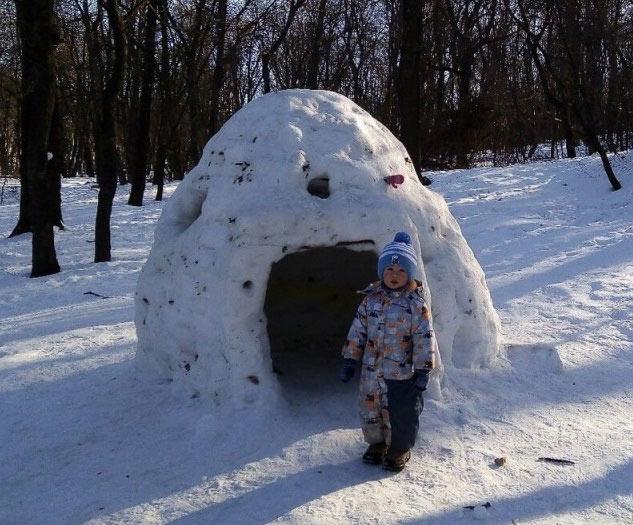 как сделать домик из снега