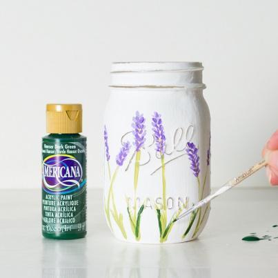 нарисовать лаванду на вазе