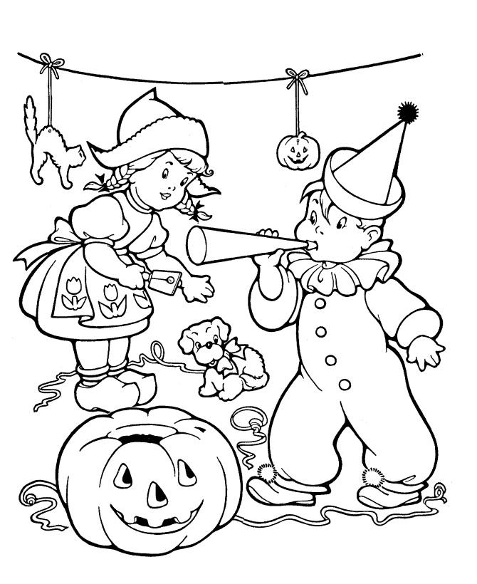 Раскраска Дети играют на Хэллоуин распечатать или скачать ...